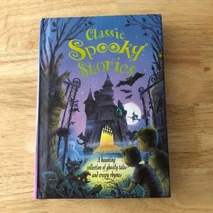 Classic Spooky Stories Book